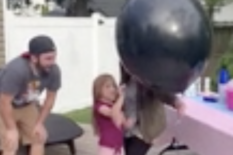 Angry Little Girl Causes Gender Reveal to Fail Spectacularly