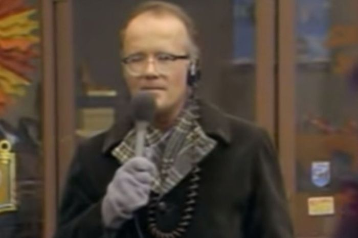 "Remembering WKRP's Hilarious ""Turkeys Away"" Episode"
