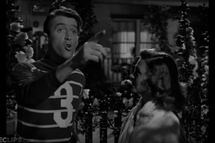 "George Bailey's Romantic ""Lasso the Moon"" Scene From ""It's a Wonderful Life"" Is Classically Dreamy"