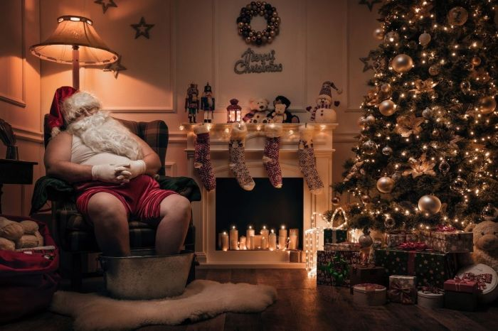 Poop, KFC, & Red Underwear Are Part Of 10 Of The World's Weirdest Christmas Traditions