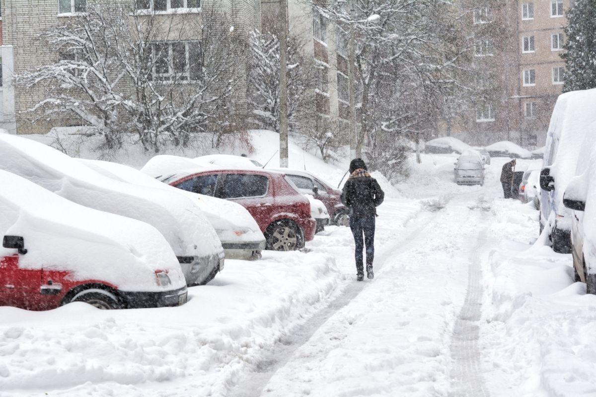 Major Winter Storm Headed to the East Coast; Heavy Snowfall and Ice Expected