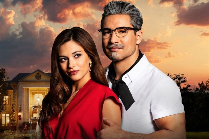 Mario Lopez Becomes 'Sexy Colonel Sanders' for Lifetime's KFC Movie
