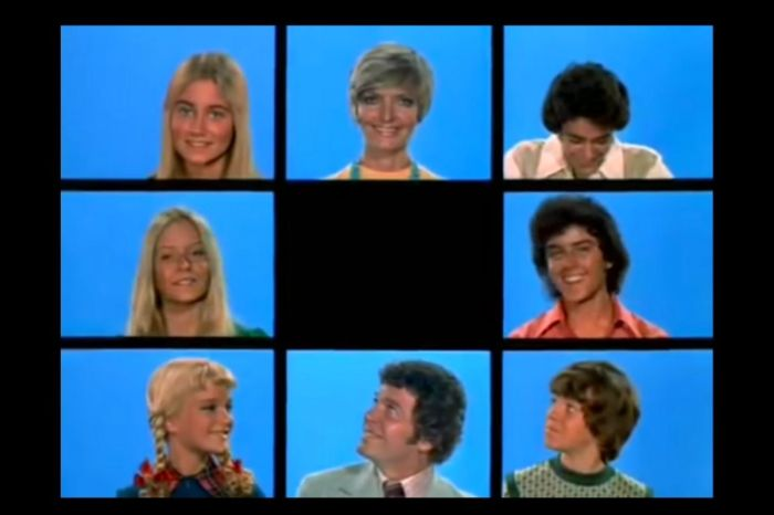 "Celebrating The Brady Bunch Family Reunion On ""A Very Brady Christmas"""