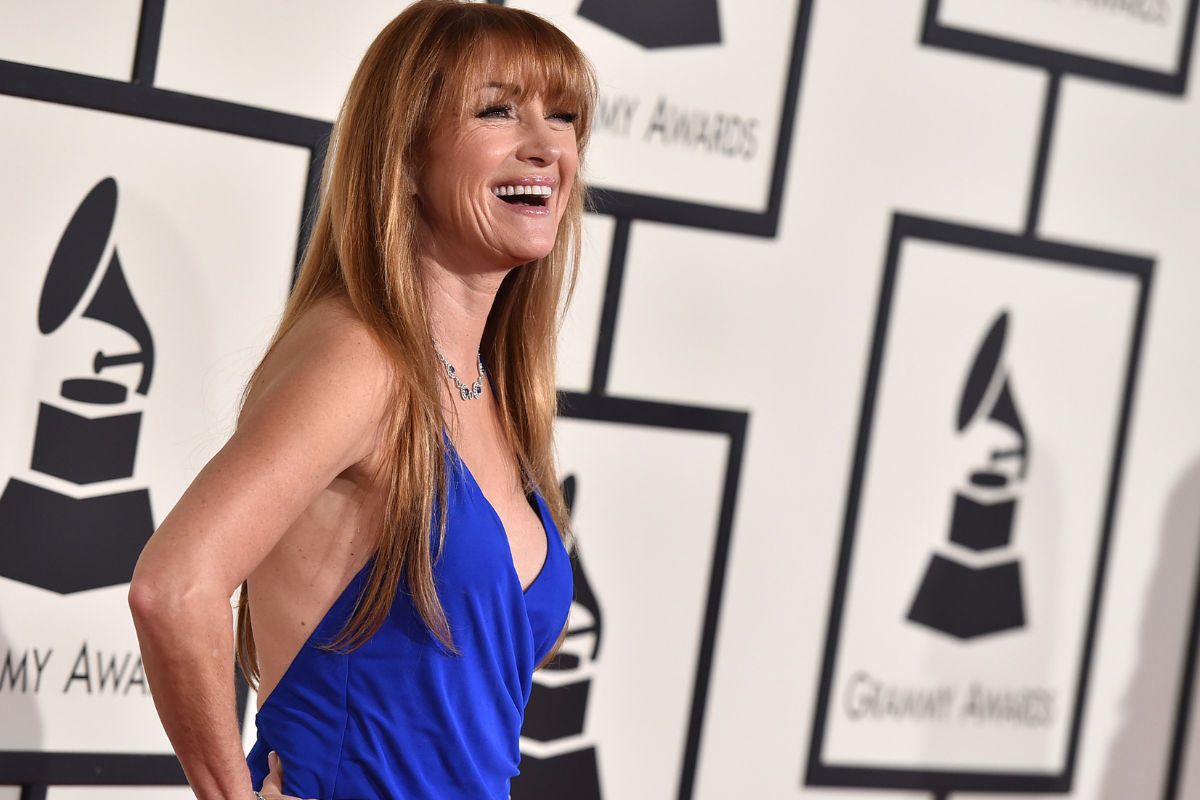 https://newsroom.ap.org/detail/The58thAnnualGrammyAwards-Arrivals/fc246b758c094379b5330757b70730f3/photo?Query=jane%20AND%20seymour&mediaType=photo&sortBy=&dateRange=Anytime&totalCount=864&currentItemNo=18