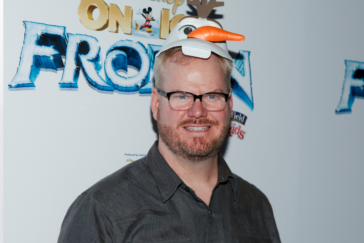 https://newsroom.ap.org/detail/DisneyOnIcepresentsFrozen-Arrivals/e82ba488c525460a8b8a4a2701d33a6d/photo?Query=jim%20AND%20gaffigan&mediaType=photo&sortBy=&dateRange=Anytime&totalCount=392&currentItemNo=2