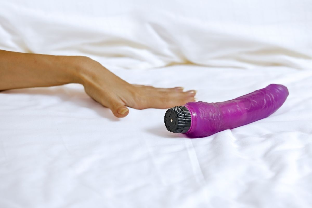 Heads Up Texas, It's Illegal to Own More Than 6 Dildos!