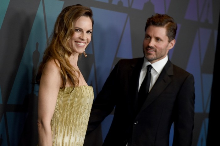 Hilary Swank Secretly Married her Husband in the Woods
