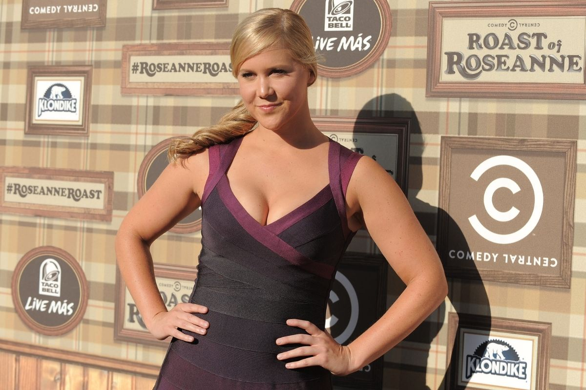 Amy Schumer Posts Nude Photo of C-Section Scar