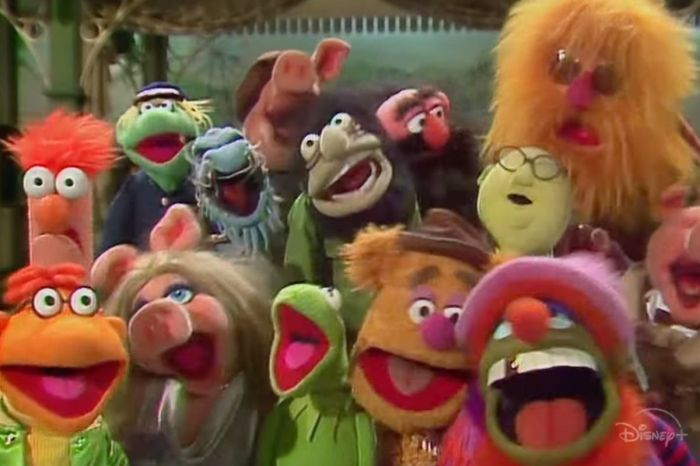 "Disney Adds ""Offensive Content"" Disclaimer to 'The Muppet Show'"