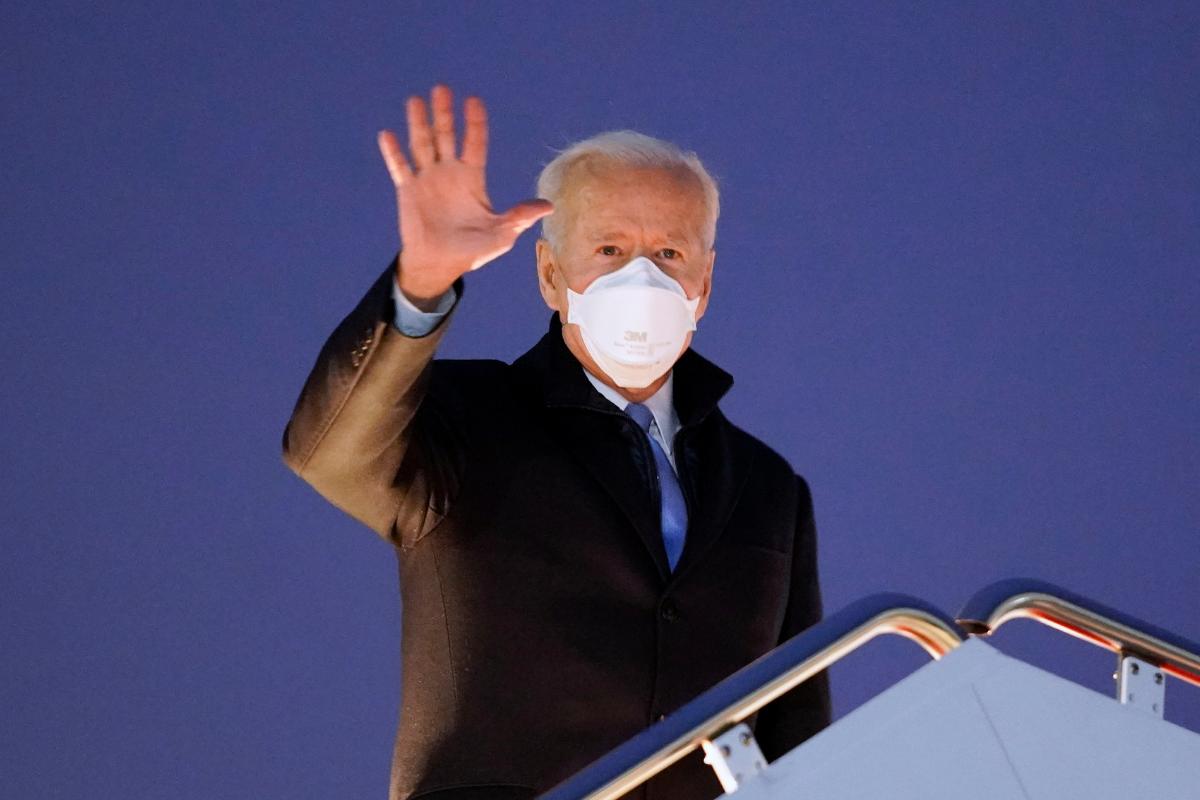 Biden Plays 'Mario Kart' During Retreat to Historic Camp David