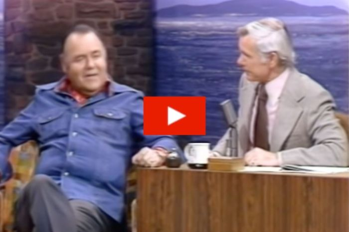 "Jonathan Winters Nails Impersonations of Politicians on ""the Tonight Show"""
