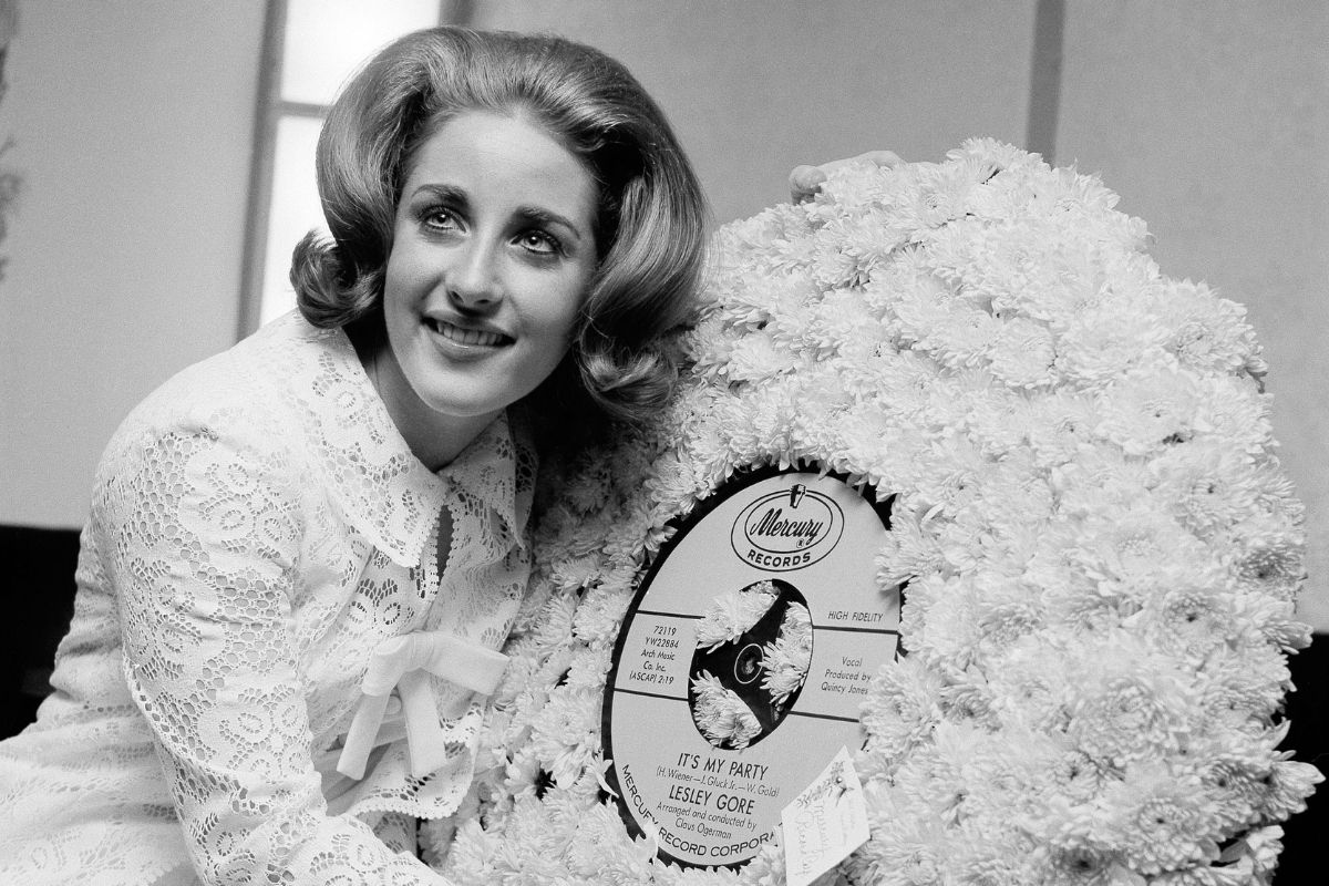 Did You Know Lesley Gore Was an LGBTQ Activist?