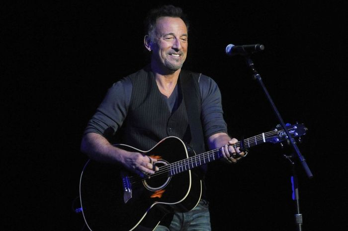 DWI Charges Dropped Against Bruce Springsteen; Pleads Guilty to Drinking Tequila in Federal Park
