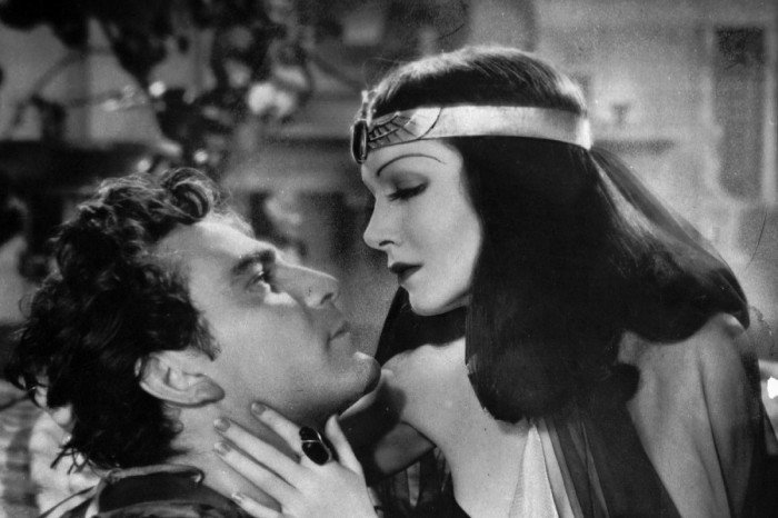 The Filming of 'Cleopatra' Nearly Tanked 20th Century Fox