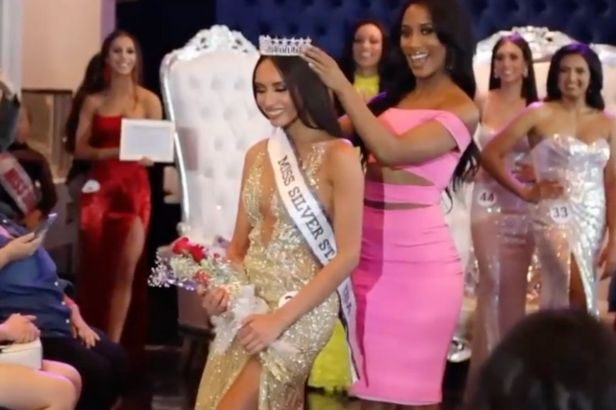 Transgender Woman is the First to Win Female Beauty Pageant