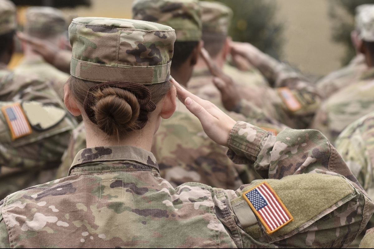 U.S. Army May Reverse 'Gender-Neutral Physical Test' After Majority of Women Fail