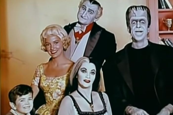Remembering the Cast of 'The Munsters'