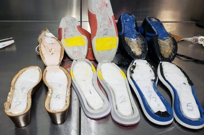 Woman Arrested For Smuggling $40,000 Worth of Cocaine in Her Shoes at Atlanta Airport