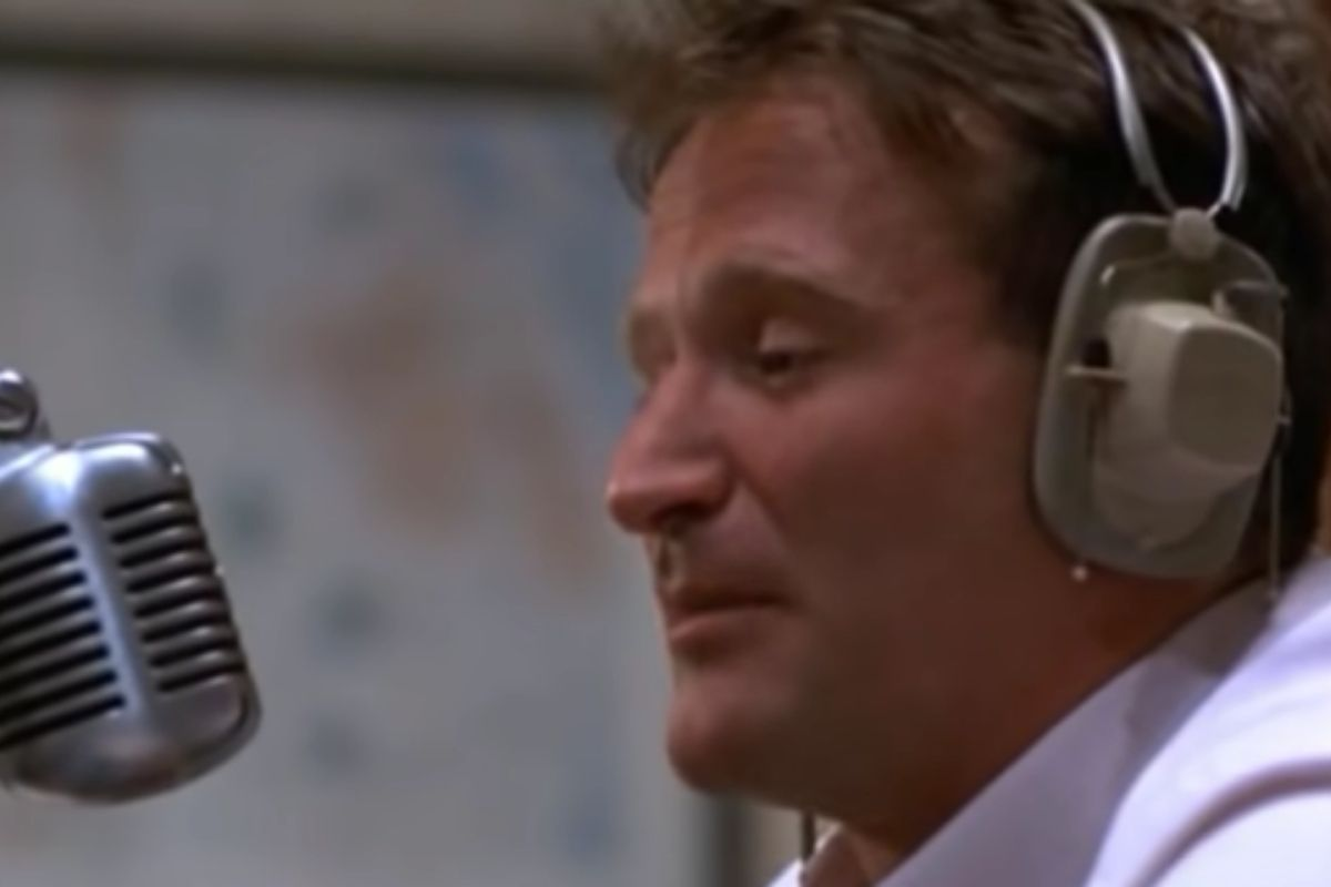 """The Lost Sequel to """"Good Morning Vietnam"""" with Robin Williams"""