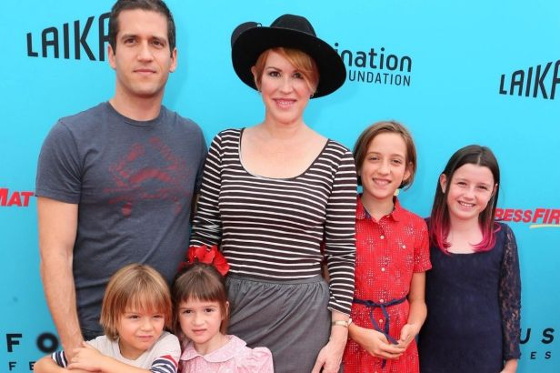 Molly Ringwald Had Her Twins at 40!