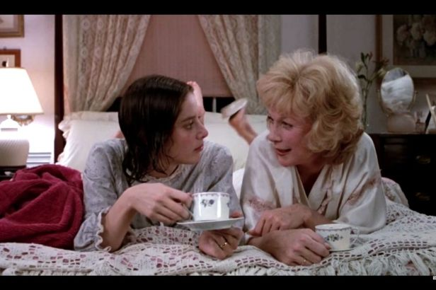 'Terms of Endearment' Is Still the Perfect Mother's Day Movie