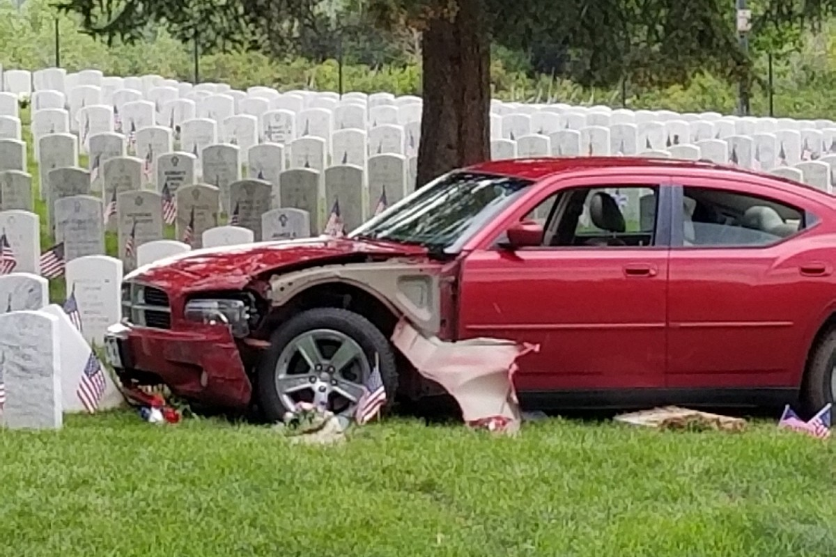 Suspected DUI Driver Crashed into Veterans Gravestones on Memorial Day